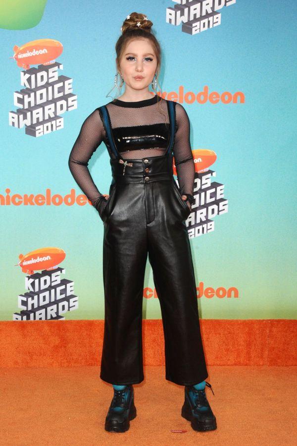 Kids Choice Awards 2016 Ella Anderson - Exploring Mars