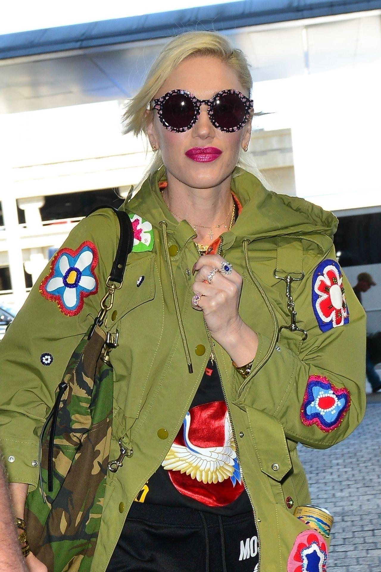 Gwen Stefani Travel Style 03282019