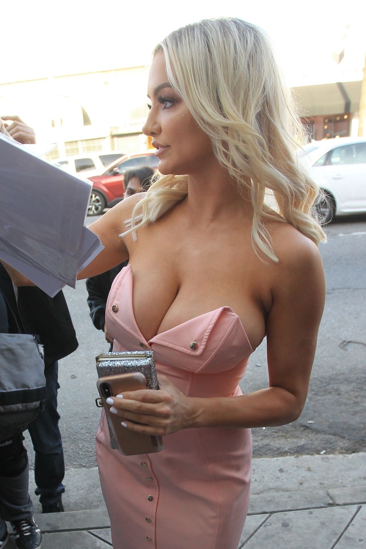 Lindsey Pelas  Arrives at a Fashion Show in Hollywood 3292019