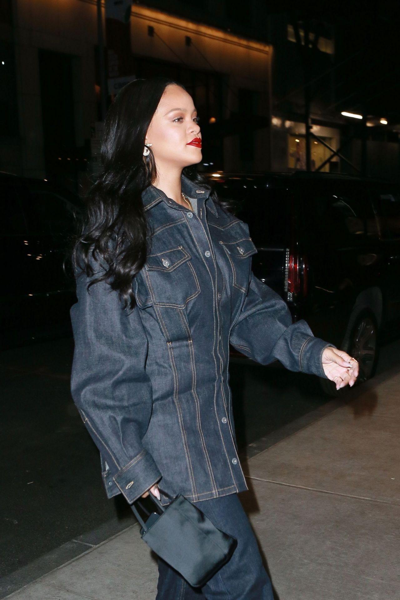 Rihanna Night Out Style 04162019