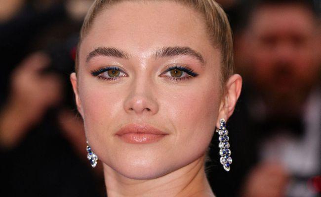 Florence Pugh La Belle Epoque Red Carpet At Cannes