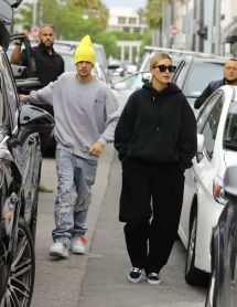 Hailey Rhode Bieber And Justin - In Beverly