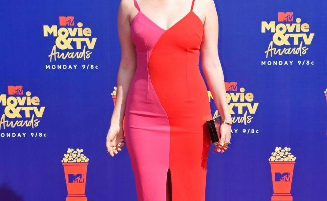 Kate Siegel 2019 Mtv Movie Tv Awards In La
