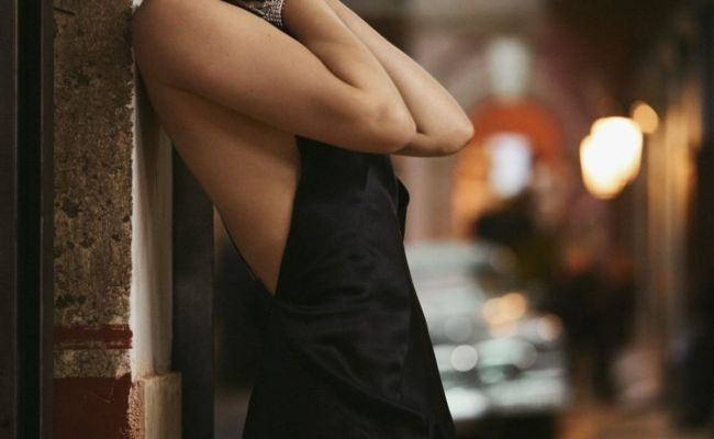 Ana De Armas No Time To Die 2020 Poster And Promo Photos