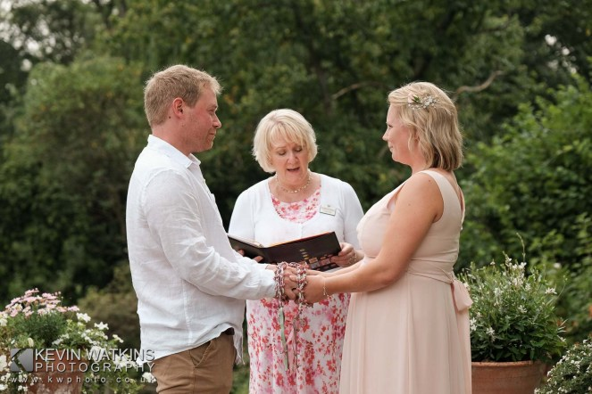 handfasting-ceremony-1