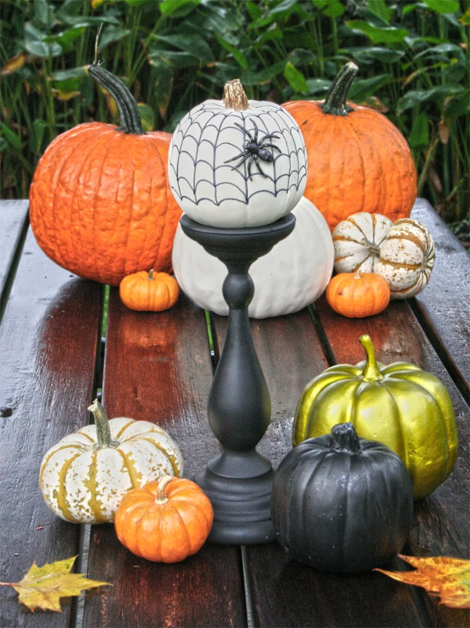 Black And White Hand Sketched Sharpie Pumpkins At Thehappyhousie Com 11