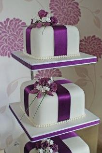 Celebrate-Cakes-Wedding