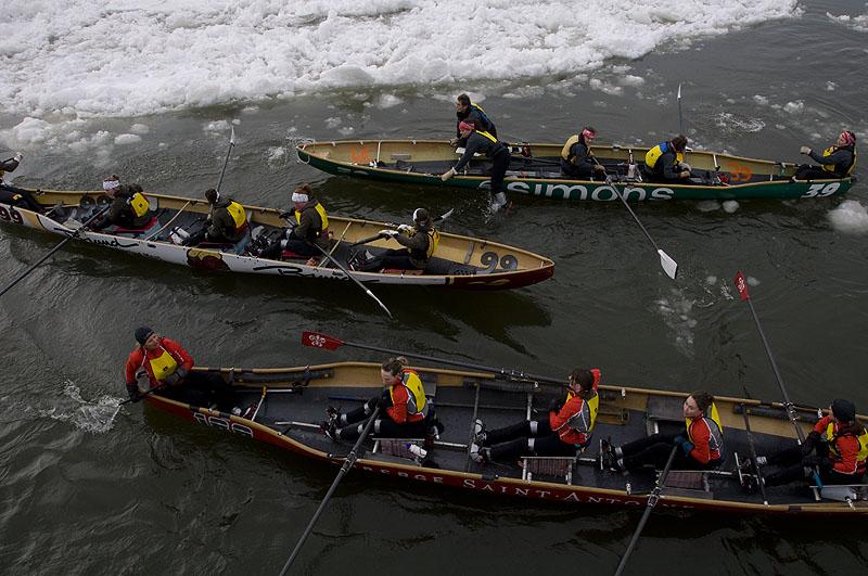 ice-canoes