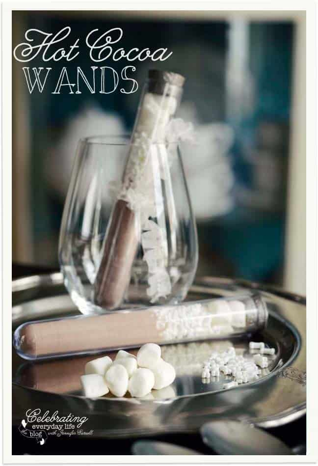 Hot Cocoa Wands {A Perfect Fall or Winter Party Favor}