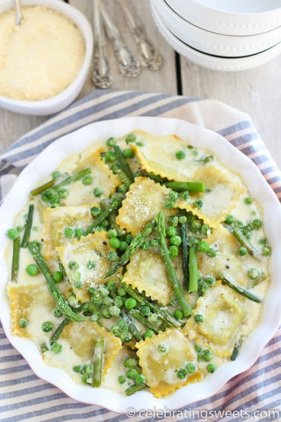 Baked Ravioli with Asparagus and Peas - An easy vegetarian meal!