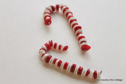 10 Cute and Easy DIY Christmas Decorations: Button Candy Cane Ornaments