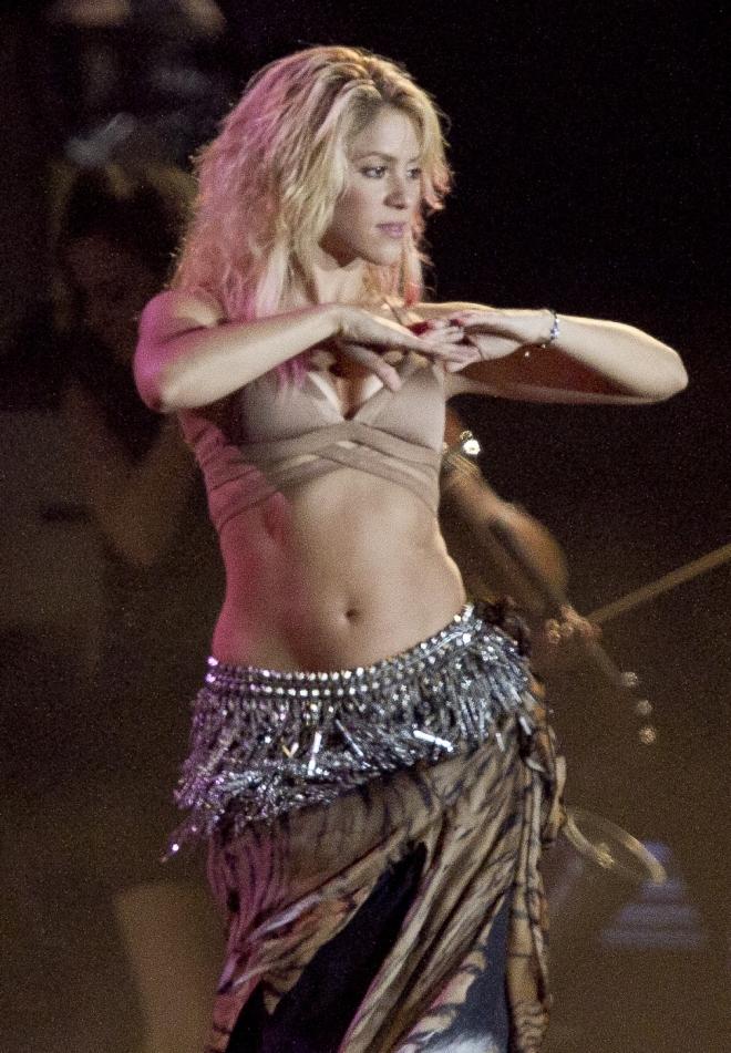 Shakira Net Worth Weight Height Measurements Bra Size
