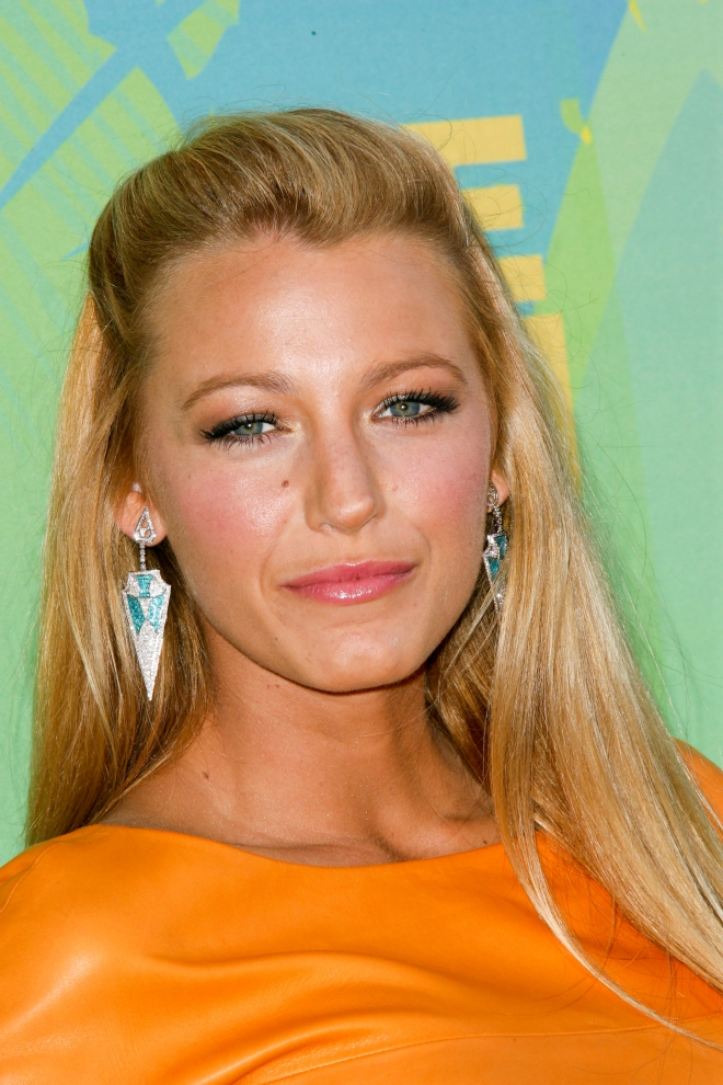 Blake Lively Weight Height Net Worth Measurements Bra Size