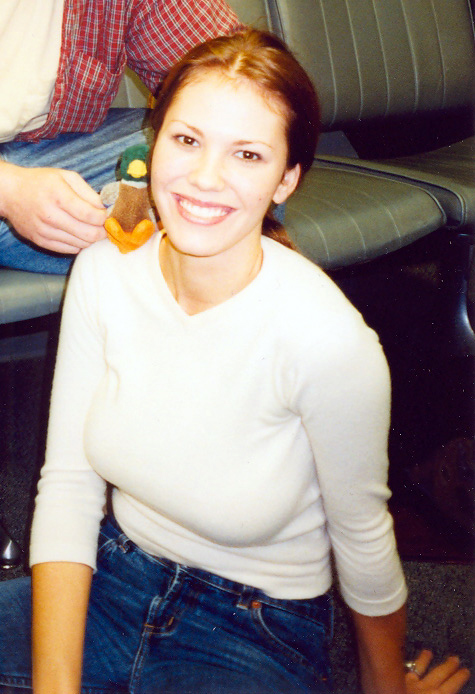 Nikki Cox Weight Height Ethnicity Hair Color Shoe Size