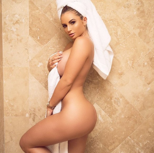 Amy Lee Summers Nude