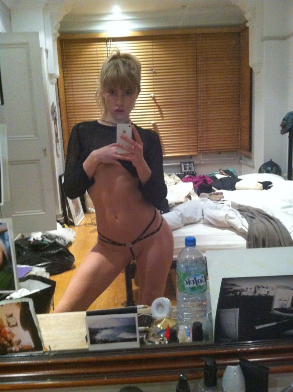 Suki Waterhouse nude photos leaked The Fappening