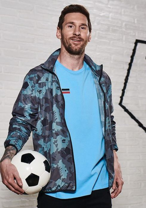 Lionel Messi Height And Weight : lionel, messi, height, weight, Lionel, Messi, Celebrity, Weight, Height, Worth, Dating, Facts