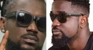 Sarkodie and Samini endorse Nana