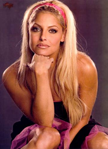 Cute Cellphone Wallpaper For Women Trish Stratus S Phone Number 171 Trish Stratus Twitter Facebook