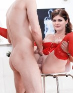 Alexandra Daddario Lingerie Sex 001