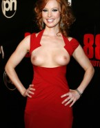 Alicia Witt Boobs Public Nsfw 001
