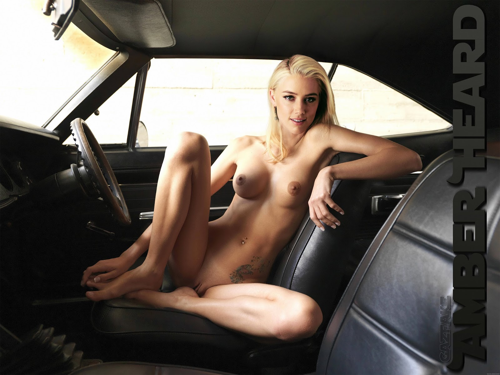 Amber naked in car