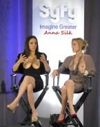 Anna Silk Flashing Tits Public Nudes 001