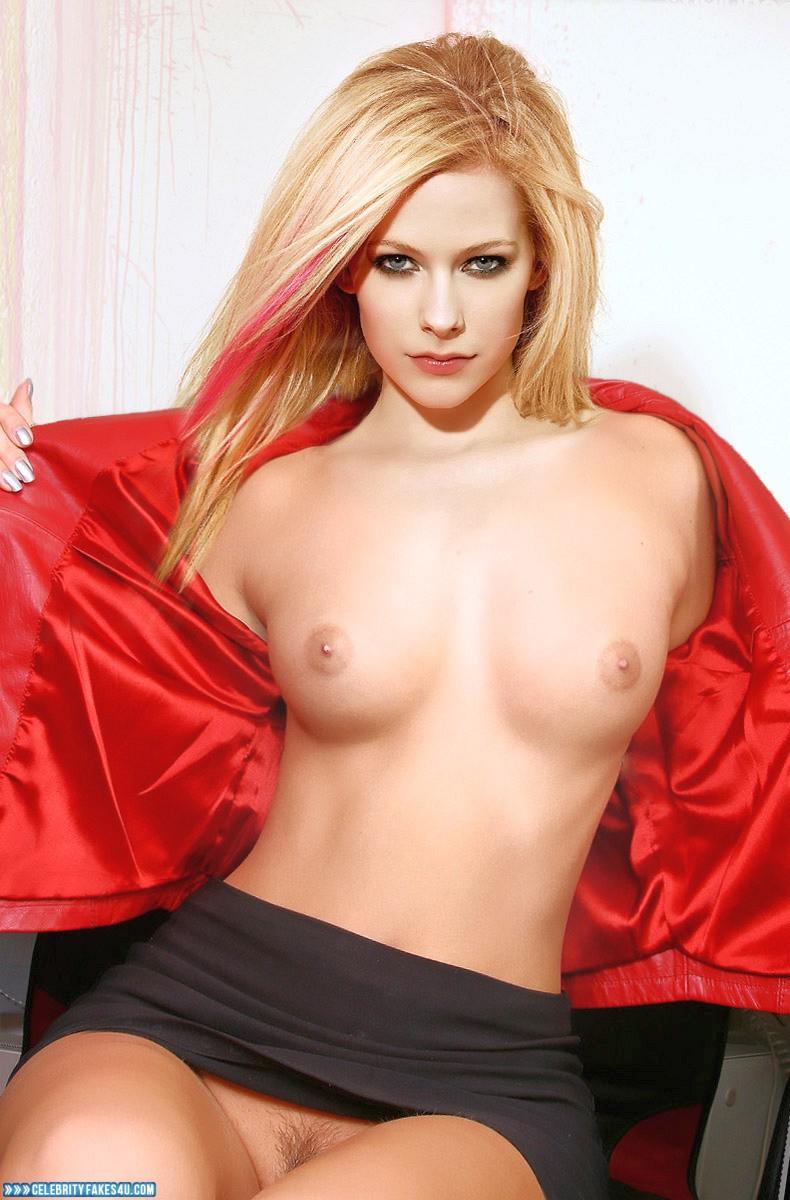 Avril lavigne naked boobs