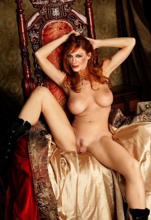 christina-hendricks-naked-pussy