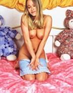 Christine Taylor Porn Hot Tits 001