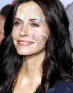 Courteney Cox Facial 003