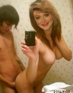 Dakota Fanning Selfie Homemade Sex Fake 001