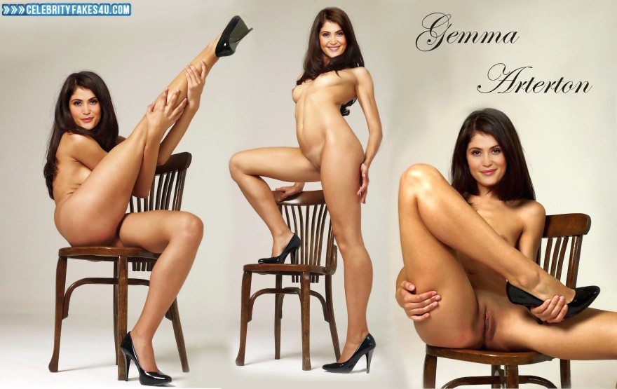 Naked amateur plump heels