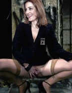 Gillian Anderson Fingers Pussy Vagina Legs Spread 001
