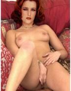 Gillian Anderson Horny Rubbing Pussy 001