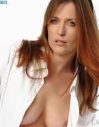 Gillian Anderson Nudes Wardrobe Malfunction 001