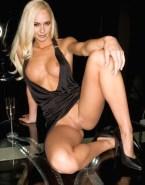 Hayden Panettiere Vagina Upskirt Pantieless Nsfw 001