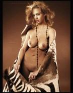 Jessica Alba Breasts 014