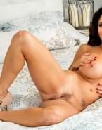 Julia Louis Dreyfus Nude Body Busty Fake 001