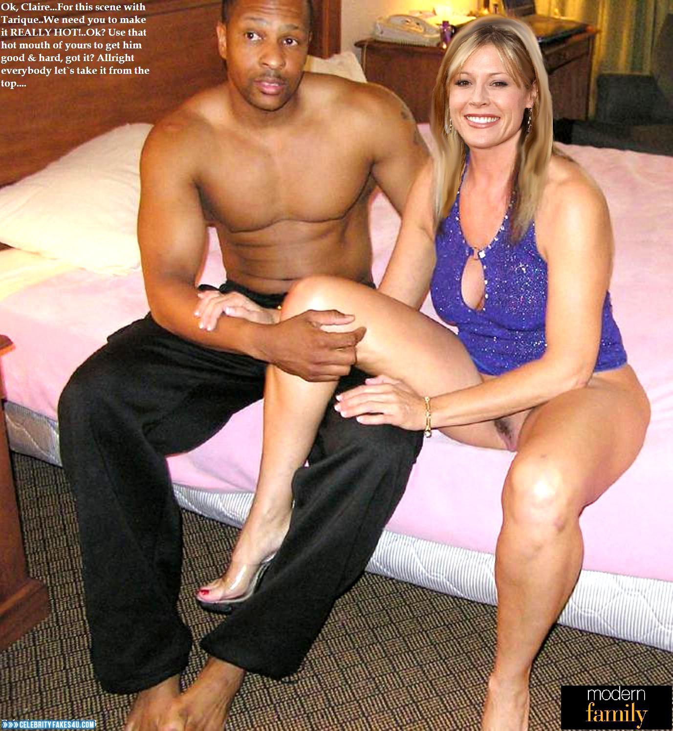Julie Bowen Naked Leaked 001  Celebrity Fakes 4U-6133