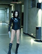 Kate Beckinsale Legs Underworld Nude 001