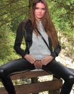 Kendall Jenner Vagina Upskirt Outdoor Naked Fake 001