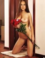 Leelee Sobieski Brunette Fake 001