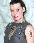 Milla Jovovich Facial Red Carpet Fakes 001