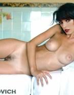 Milla Jovovich Naked Body Breasts 001