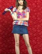 Sarah Hyland Skirt Dildo 001