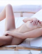 Sarah Michelle Gellar Naked Body Masturbates 001