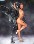 Sigourney Weaver Alien Fully Nude 001