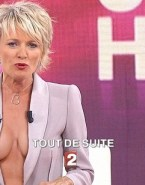 Sophie Davant Sideboob Public Naked 001