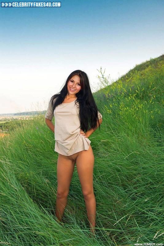 Victoria Justice Fake, Camel Toe, Legs, Nude, Outdoor, Pussy, Porn